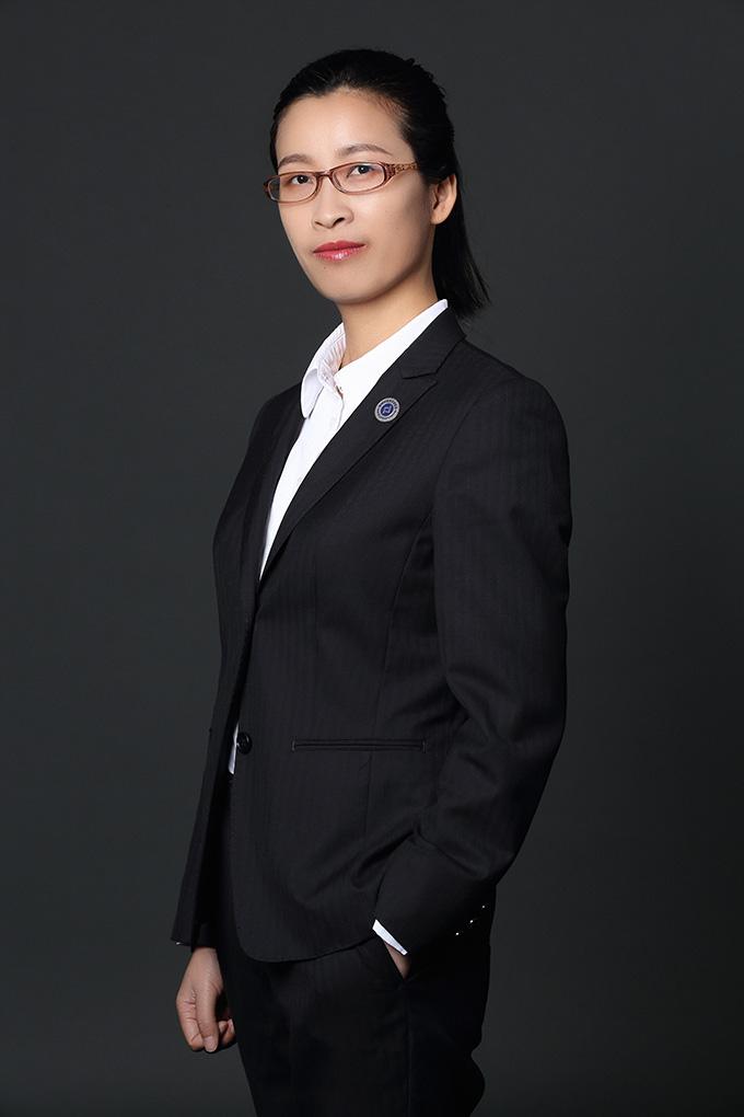 胡春梅.JPG